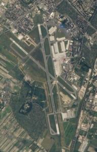Вигляд зі спутника. Аеропорт Шопена у Варшаві