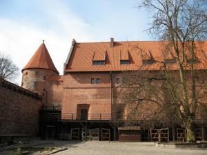 Замок в Битуві