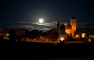Квідзинський замок вночі