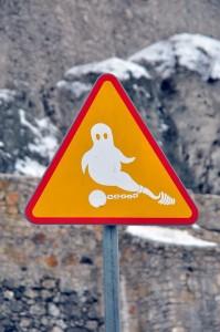 Знак - Обережно, привиди!