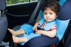 Правила перевезення дітей в автомобілі у Польщі