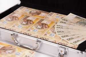 Яку валюту брати в Польщу