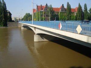 Міст миру у Вроцлаві